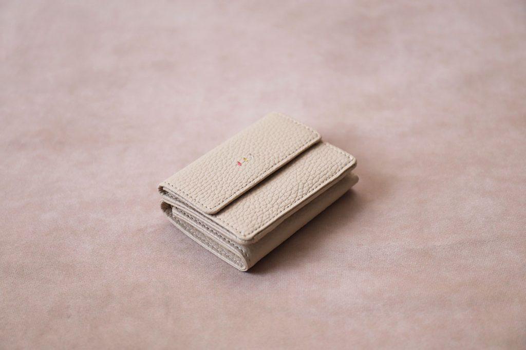 大阪かばんブランドの折財布